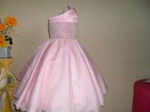roupas de casamento infantil rosa