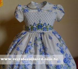 vestidos infantil com bordado